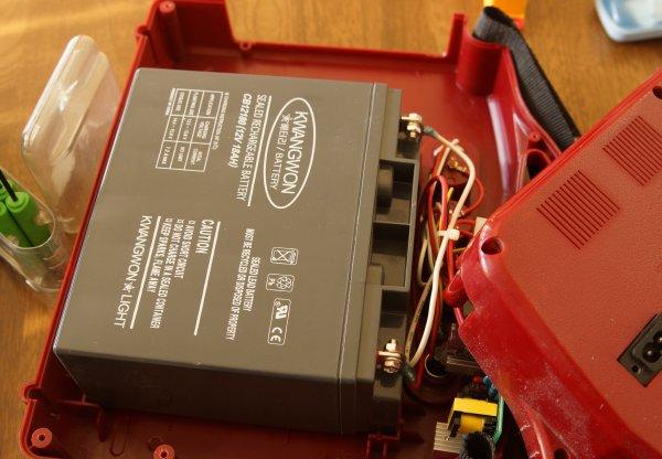 リプソーラーミニのバッテリー